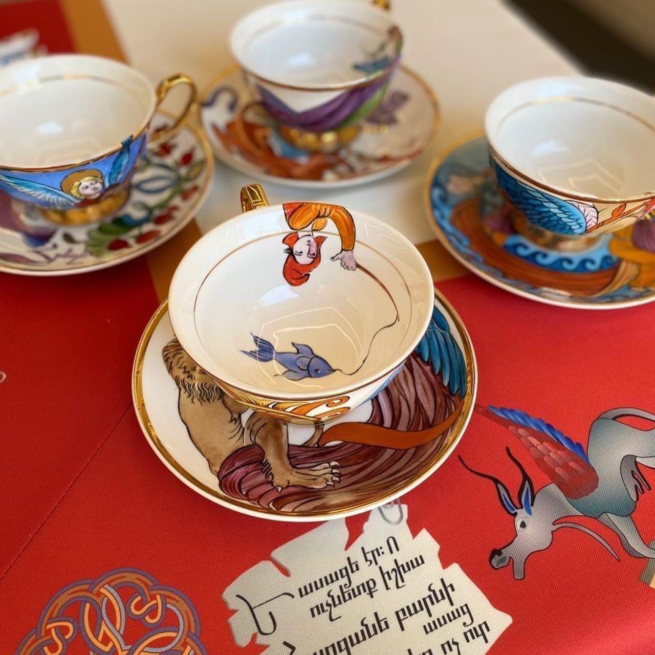 Les tasse à thé Matenadaran